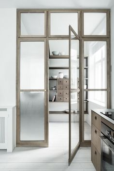 From panel and bifold doors, to modern barn doors, get motivated with our collection of interior door styles. Browse about for a variety of interior door design ideas. Minimalism Interior, House Design, Door Design, Interior, Home, Doors Interior, House Interior, Interior Design, Glass Wall