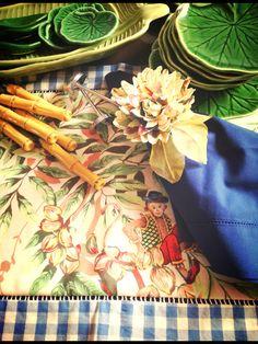 Macaco Bege, bambus, guardanapo  puro algodão Ajour e argola de guardanapo Crisântemo estampa do jogo americano.