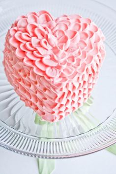 Comment réussir un gâteau en forme de cœur parfait! 3 techniques! - Trucs et Bricolages