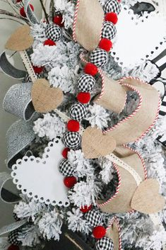 valentine decorations 190980840437138344 - The Best Farmhouse Valentine DIYS and Ideas – The Cottage Market Source by Valentine Tree, Valentine Banner, Valentine Day Crafts, Valentine Stuff, Valentines Day Decorations, Christmas Decorations, Christmas Wreaths, Christmas Tree, Heart Banner