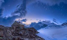 """Mit dem Wort """"Zeitreis"""" betitelt tw51 seine Fotografie der Tierberglihütte aus der Schweiz. Dieses Bild und viele mehr unter: https://contest.cewe-fotobuch.de/zeit-2016/photo/zeitreise-10"""