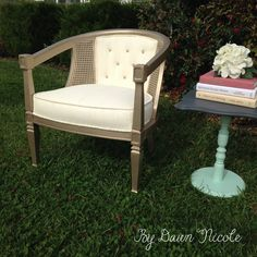 Barrel Cane Chair Makeover (with Annie Sloan Chalk Paint® Painted Fabric) | bydawnnicole.com