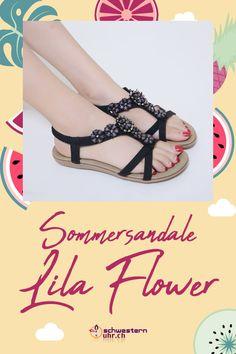 Sommersandale Lila Flower mit dekorativen Perlen für Damen ☀💦  Sommerliche Sandale mit weichem Gel-Fussbett ohne Zehentrenner. Dank dem   elastischen Fersenband sehr angenehm auf der Haut zu tragen. Wie auf Wolken schweben!  Jetzt online bei schwesternuhr.ch bestellen - Ohne Versandkosten! Schweizer Unternehmen.  #schwesternuhrch #schwesternuhr #schwesternschuhe #sandalen #sommersandalen #sommer Birkenstock Mayari, Sandals, Shoes, Fashion, Calamari, Beautiful Sandals, Comfortable Sandals, Comfortable Shoes, Hiking Supplies