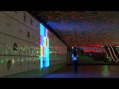 ▶ Interactive LED Wall at Times Square Suzhou 2009.mpg - YouTube