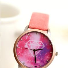 Star+style+fashion+simple+temperament+wild+Harajuku+style+retro+couple+watches,+stylish+atmosphere,+men+and+women+can+wear.  Dial+diameter:+3.9+cm Case+Thickness:+0.8+cm Table+bandwidth+of+1.6+cm Strap+total+length+of+23.8+cm Suitable+wrist+length:+15.5cm-21.5cm Material:+Alloy Clasp:+str...