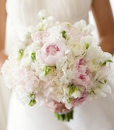 sweet pea and peony bouquet in blush and ivory