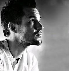 Brandon Flowers - The Killers, He is one BEAUTIFUL Man<3 His lyrics are getting me through so much and just..his face..and his voice..My no 1 ;) Love you Brandon x