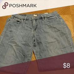 Jeans Lucky brand jeans. Excellent condition. Smoke free home. Size womens 30. Lucky Brand Pants Straight Leg