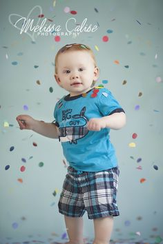 Melissa Calise Photography (First Birthday Boy Photo Shoot Posing Ideas Confetti)