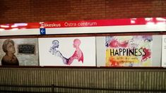 #olehyväHelsinki. #itäkeskus. #metro  #metroasemalla #taidetta #art #Public. #itäHelsinki #lähiöhelvetti #lähiössä pirteätä on #taide ja #iskulauseet jotka keskustelevat. #Helsinki 6/11/17.
