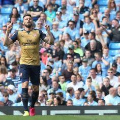 Arsenal's Olivier Giroud celebrates scoring his side's first goal (Martin Rickett/PA)