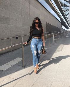 Pushing my love of white onto all three outfits Empowa! Baddie Outfits Casual, Curvy Outfits, Cute Casual Outfits, Chic Outfits, Girl Outfits, Fashion Outfits, Stylish Work Outfits, Fashion Belts, Date Outfits