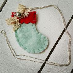 Nuova collanina natalizia. #christmas #felt #necklace