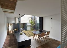 Gallery of Mills House / Andrew Maynard Architects - 10