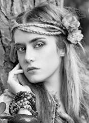 Alternative and Gothic Fashion Now: the Folk Princess Gypsy Style, Bohemian Style, Boho Chic, Bohemian Braids, Hippie Style, Fashion Now, Boho Fashion, Gothic Fashion, Hippie Hair Bands