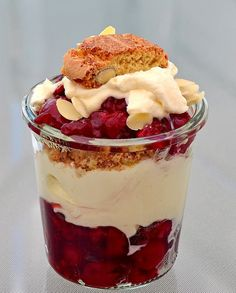 Cold Desserts, Sweet Treats, Pudding, Favorite Recipes, Food, Glass, Cream, Mascarpone, Sweets