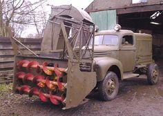 WW2 snow blower Cool Trucks, Big Trucks, Snow Removal Machine, Snow Blades, Snow Removal Equipment, Snow Toys, Snow Vehicles, Snow Machine, Train Truck