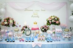 Festa Cinderela Birthday Table, Third Birthday, Birthday Parties, Cinderella Sweet 16, Cinderella Party, Candy Bar Crafts, Table Set Up, Ideas Para Fiestas, Casual Party