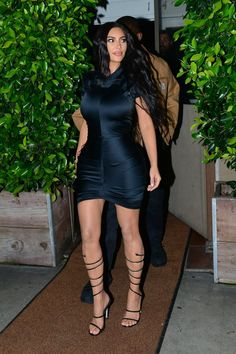 """Even in a """"Basic"""" LBD, Kim Kardashian Is So Very On-Brand wedding dresses kim kardashian Even in a """"Basic"""" LBD, Kim Kardashian Is So Very On-Brand Celebrity Wedding Dresses, Celebrity Weddings, Celebrity Style, Kardashian Style, Kardashian Jenner, Kim Kardashian Black Dress, Fashion Brenda, Kim K Style, Night Outfits"""