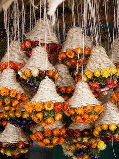 dried flowers by monikarucka Diwali Decorations, Flower Decorations, Wedding Decorations, Deco Floral, Arte Floral, Dried Flower Arrangements, Dried Flowers, Lavender Crafts, Deco Restaurant