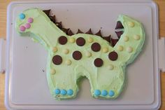 The EASIEST dinosaur cake I could find. So not ready to tackle 3D cake creations!