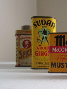 Vintage tins                         ****