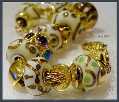 All that glitters Gorgeous Beads!!! By Deborah Taylor