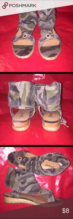 Women's Designer Shoes Brand New Women's Designer Shoes in Original Box. Jaguar SEDUCTIVE. Camp. Jaguar Shoes Flats & Loafers