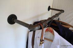 Portant vêtement, porte cintre industriel vintage en tuyau de fonte ...