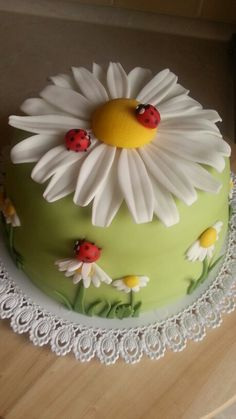 Natural children cake