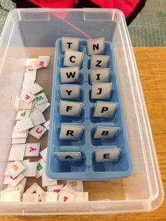 Emparejamos letras en una cubitera