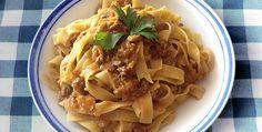 Tagliatelle con zucca e noci by Piccole Ricette - http://www.piccolericette.net/piccolericette/Tagliatelle-con-zucca-e-noci