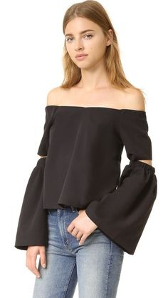 ¡Cómpralo ya!. Re:Named Off Shoulder Cutout Sleeve Top - Black. An off shoulder re:named top with a relaxed look. Elbow cutouts detail the flared long sleeves. Elastic neckline. Hidden back zip. Lined. Fabric: Stretch crepe. Shell: 97% polyester/3% spandex. Lining: 100% polyester. Dry clean. Imported, China. Measurements Length: 15.25in / 39cm, from center back Measurements from size S. Available sizes: L,M,S , tophombrosdescubiertos, sinhombros, offshoulders, offtheshoulder, coldshoulder…