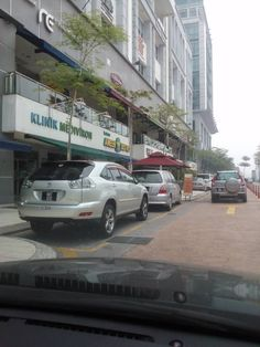 Publika Shop Facing Mainroad Sri Hartamas KL - ================================================================================ Prime Area Solaris Dutamas Shop Lot Facing Mainroad 1st Floor Corner Lots,Kuala Lumpur Kee 017-6664403 ================================================================================ Freehold Corner Lots Currently Tenanted Rm1xxxx 2450 sqft Want to know more information and viewing just call Kee 017-666 4403 Happy to serve you ^^    http://my.ipus
