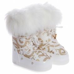 Young Versace Girls White Chain Print Snow Boots at Childrensalon.com