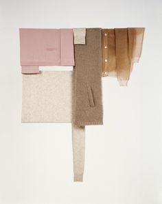 Scheltens Abbenes. Interessant hoe materialen ondergeschikt zijn aan de vorm. Het geeft een suggestie van een ijslollie, terwijl er gebruik is gemaakt van stofjes.