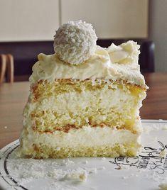 Romanian Desserts, Yummy Food, Tasty, Food Cakes, Sweet Desserts, Vanilla Cake, Coco, Cake Recipes, Sweet Treats