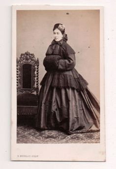 Vintage-CDV-French-Aristocrat-Identified-on-back-Inscribed-S-Bureau-Photo