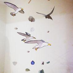 Móvil de gaviotas volando.Hecho a mano. por Vientoafavor en Etsy