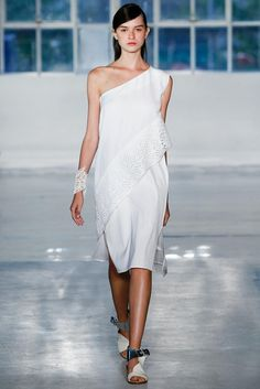 Zero + Maria Cornejo Spring 2015 Ready-to-Wear - Collection - Gallery - Look 1 - Style.com