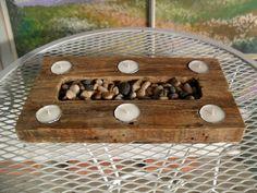 Rustic Zen Reclaimed Pallet Candle Holder by PalletWorx on Etsy Wood Tea Light Holder, Tea Candle Holders, Modern Candle Holders, Wooden Christmas Crafts, Wooden Crafts, Wooden Diy, Diy Wood Projects, Woodworking Projects, Wooden Pattern