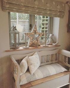 Pretty cottage style. Instagram