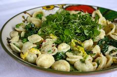 Orecchiette with Cabbage, Peas & Lemon Cashew Cream Sauce This recipe was originally created to be shared as a guest post on a wildly popular (& one of my favorite) vegan blogs in January. Wayul, now...