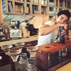 Ethiopia Aricha is on making by Our barista @pong_ak ...  #coffee #aeropress #artisanal #bangkok #coffeelovers http://ift.tt/1Vbg53z