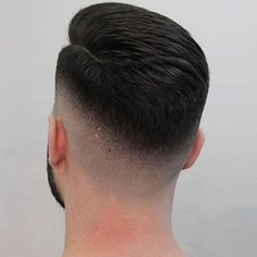 by County coiffeur Cool Hairstyles For Men, Boy Hairstyles, Cool Haircuts, Haircuts For Men, Hair And Beard Styles, Curly Hair Styles, Gents Hair Style, Hair Cutting Techniques, Faded Hair