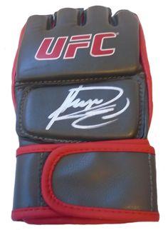 Rashad Evans Autographed Ultimate Fighting Championship Glove, Proof Photo