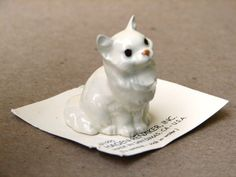 My most priced collection as a child. I had around 50 of these little figurines, including this cat. I still have them & look forward to giving them to Adelle - maybe next birthday when she turns 8.