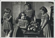 1950 prinsesjes Marijke, Margriet, Beatrix en  Irene