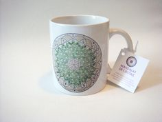 Linda caneca de porcelana , Flor da Vida verde , feita com impressão digital. Encomendas pelo e-mail sio_1961@hotmail.com