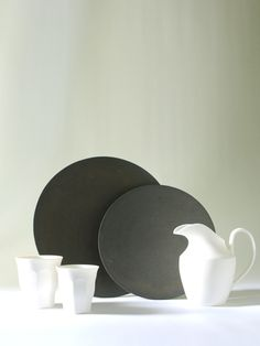 Assiette Noir 7 - 陶芸家・青木良太公式通販サイト RYOTA AOKI POTTERY